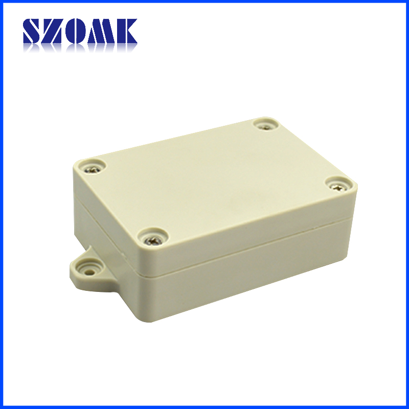 Small plastic outdoor electrical box for Exterior electrical outlet box