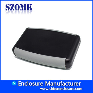 China Guangdong hot sale 118X78X33mm abs plastic with silicon hand held junction enclosure manufacture/AK-H-07 fabriek