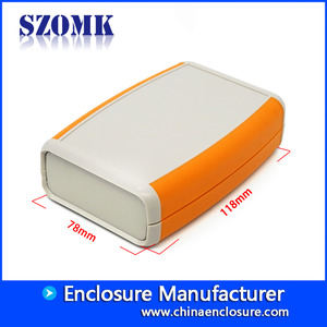 Chine Guangdong hot sale 118X78X33mm abs plastic with silicon hand held junction enclosure manufacture/AK-H-07C usine