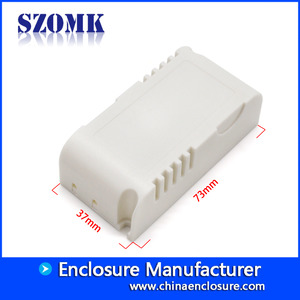 Fabbrica della Cina SZOMK guangdong supplier plastic controller housing box LED power supplier size 73*37*24mm