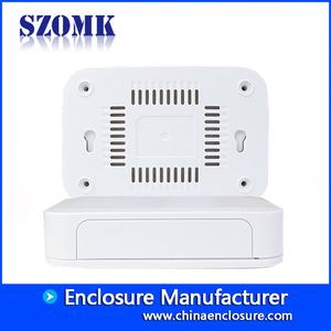 China SZOMK hot sale new design plastic enclosure indoor outdoor Ip54 abs electronic box AK-NW-53 100*67*35mm fabriek